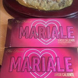 Too Faced Mariale Palette Nib